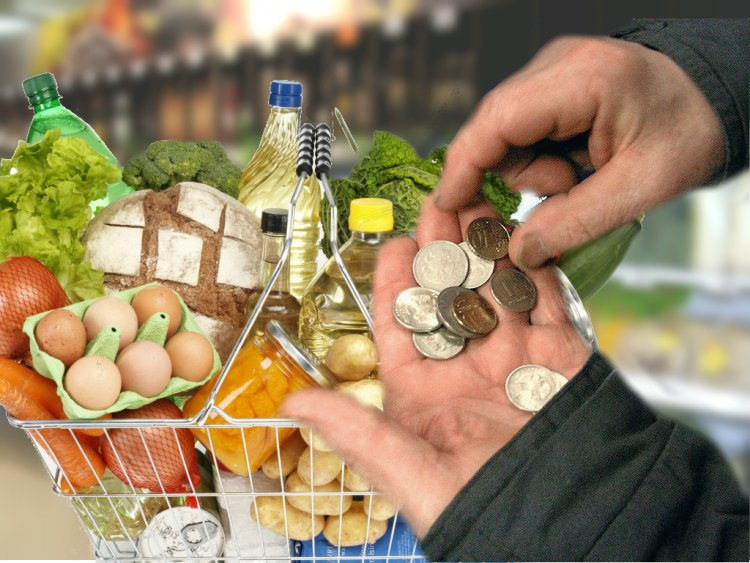 Министерство труда и соцзащиты планирует в течение ближайших двух лет провести расчеты по пересмотру потребительской корзины.