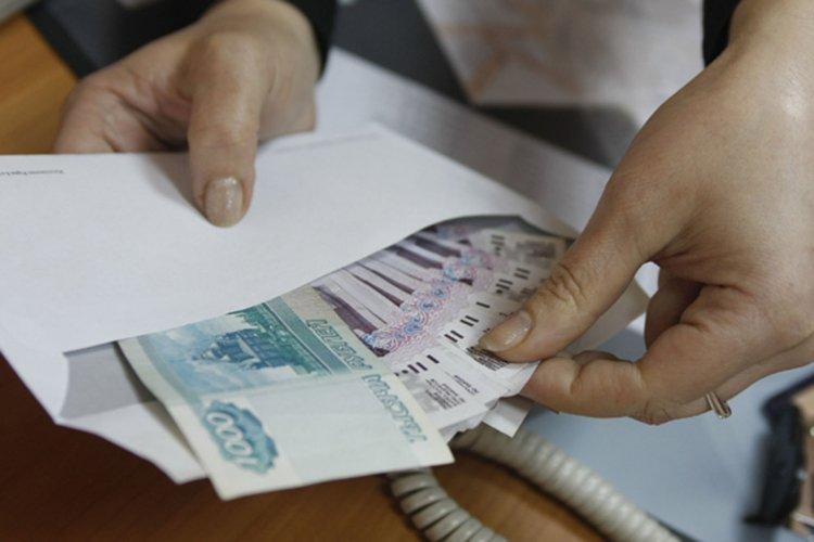 Налоговики начинают кампанию по выявлению «серых зарплат»