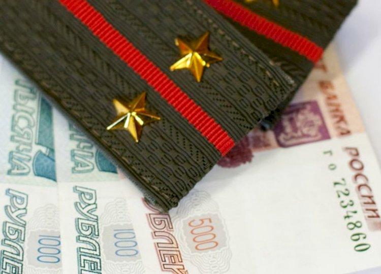 Владимир Шаманов предложил увеличить жалованье военным